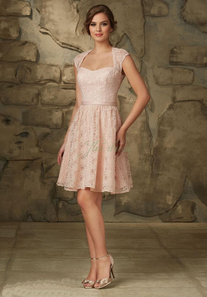 Nữ tuổi Dậu nên mặc gì để may mắn trong năm mới?