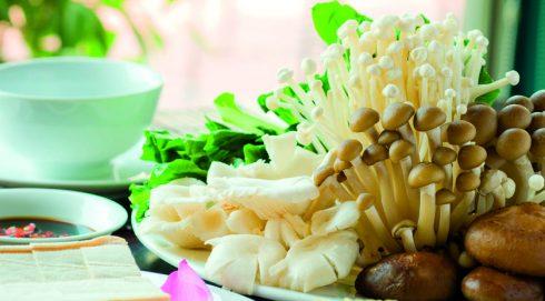 Nguyễn Thị Hồng Hạnh Ăn chay không chỉ có nấm và đậu hũ 2
