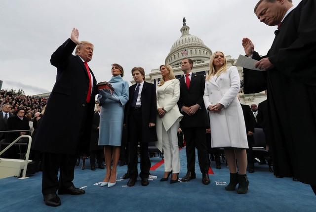 bài diễn văn Donald Trump - elle vietnam 1