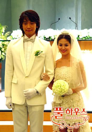 Phong cách thời trang của cặp đôi mới cưới Rain và Kim Tae Hee - 22