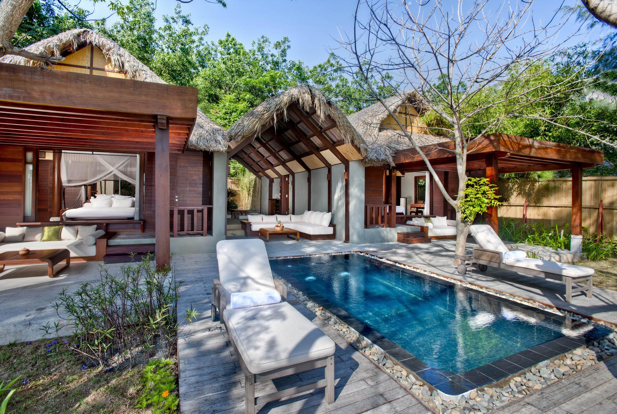 (3) L_Alyana_Ninh_Van_Bay_Lagoon_Villa_(2-bedroom)