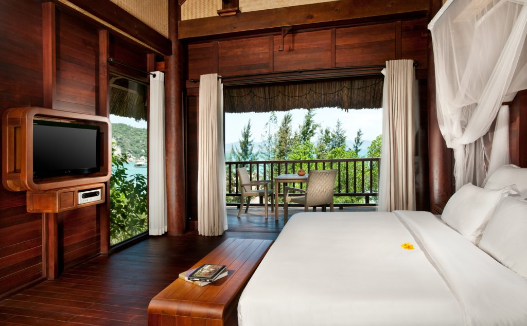 (4-1)L_Alyana_Ninh_Van_Bay_Hill_Rock_Villa_Bedroom