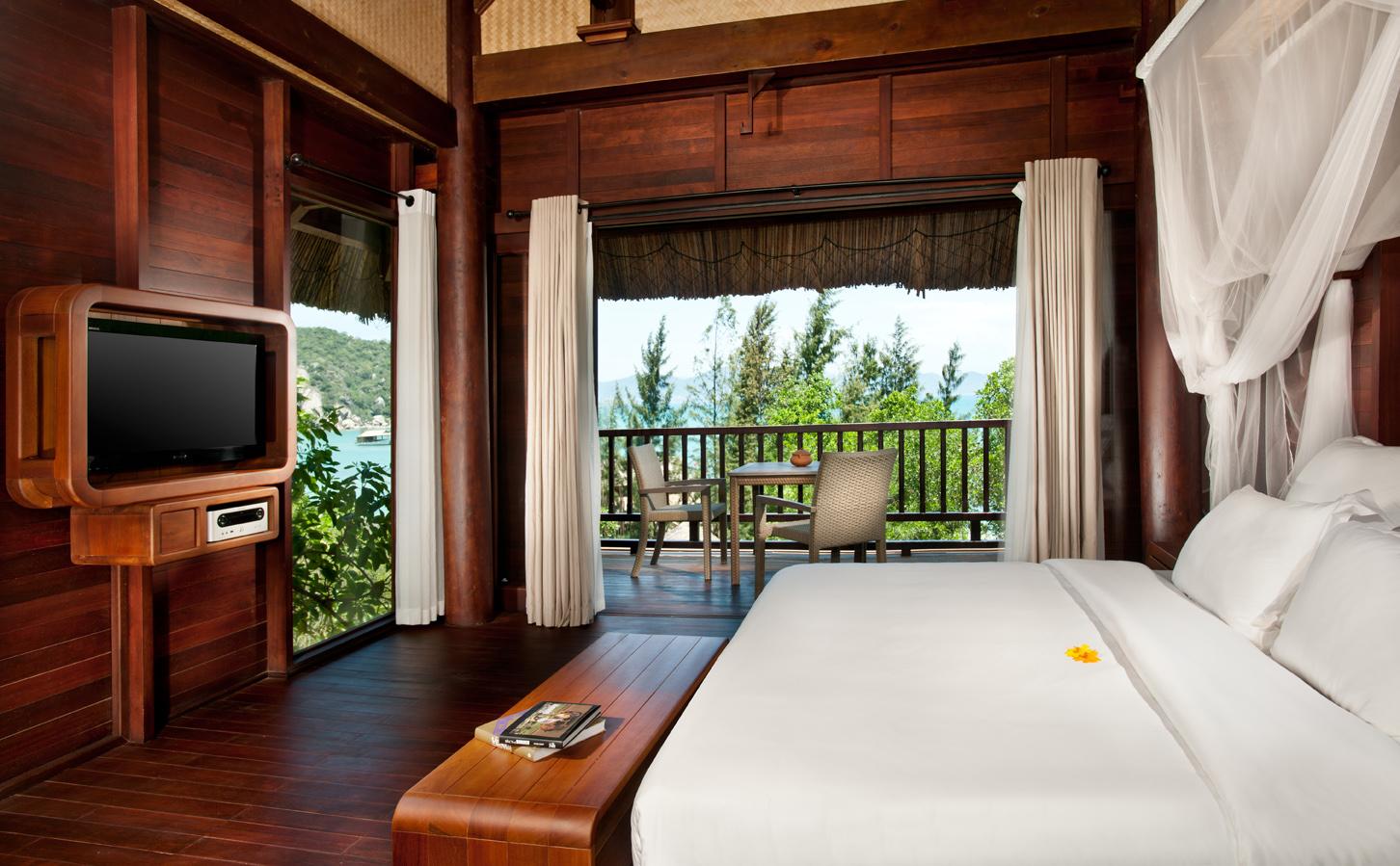 (4-1)L_Alyana_Ninh_Van_Bay_Hill_Rock_Villa_Bedroom