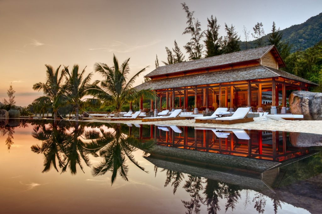 (8) L_Alyana_Ninh_Van_Bay_Restaurant