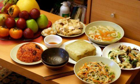 Bí quyết giảm cân giúp bạn thoải mái thưởng thức món ăn ngày Tết ELLE VN