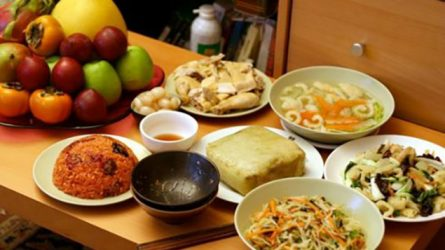 5 bí quyết giảm cân giúp bạn thoải mái thưởng thức món ăn ngày Tết