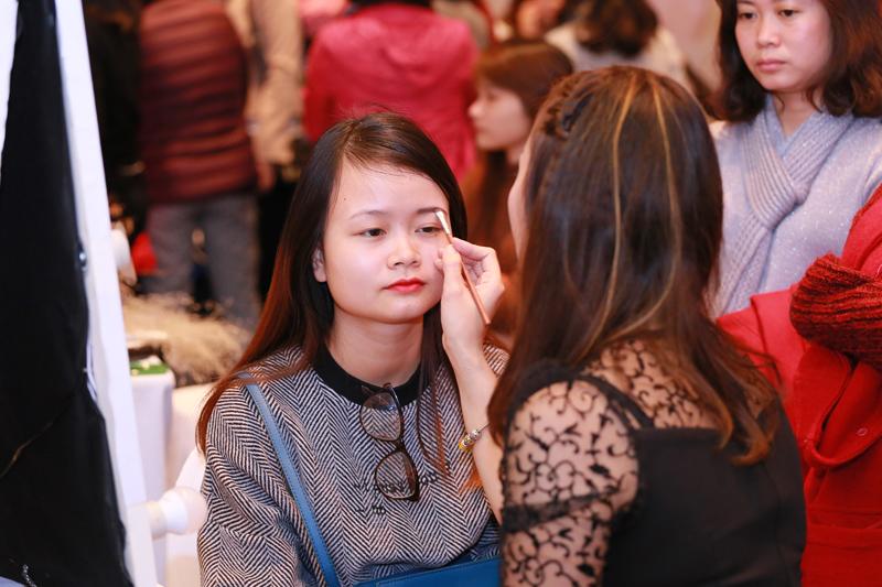 s:um37 tại Hà Nội - elle vietnam