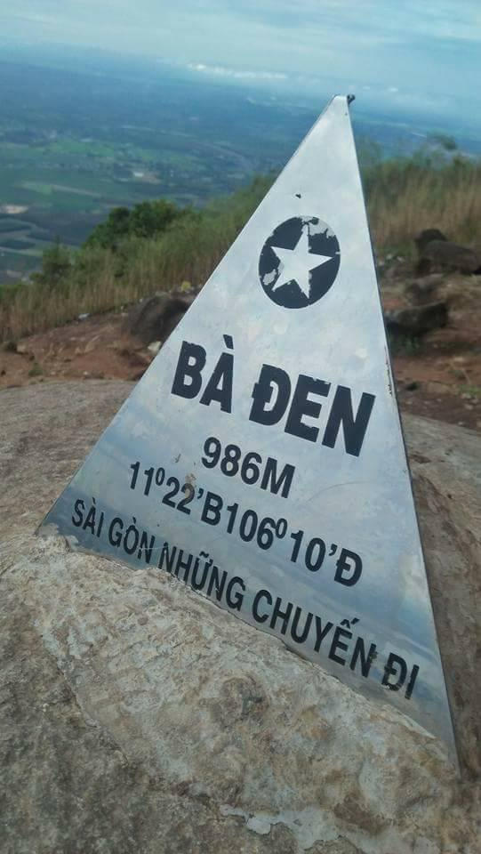 địa điểm hành hương miền Nam - núi Bà Đen - elle vietnam