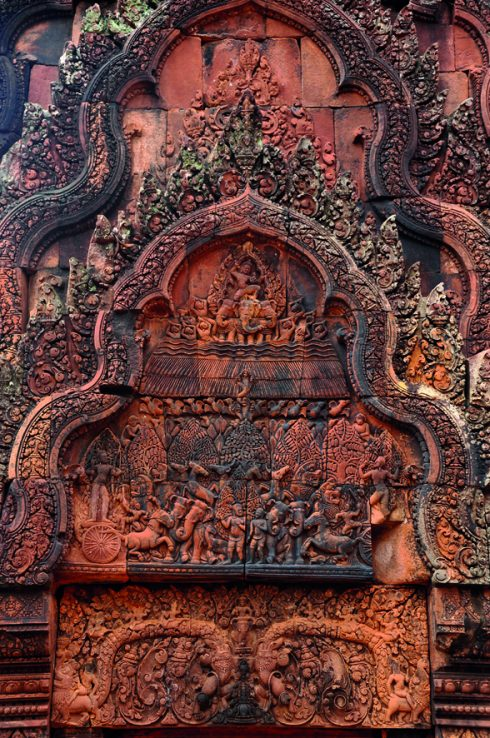Tìm hiểu Quần thể Angkor Wat Tuyệt mỹ về điêu khắc ở đền Banteay Srey 1