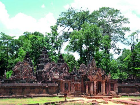 Tìm hiểu Quần thể Angkor Wat Tuyệt mỹ về điêu khắc ở đền Banteay Srey 8