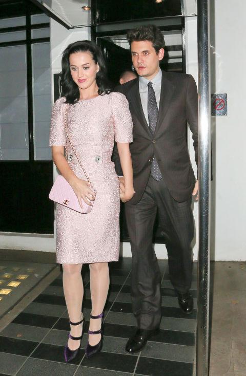 Katy Perry diện đầm tông hồng phấn nhạt trong buổi hẹn khi còn mặn nồng với John Mayer