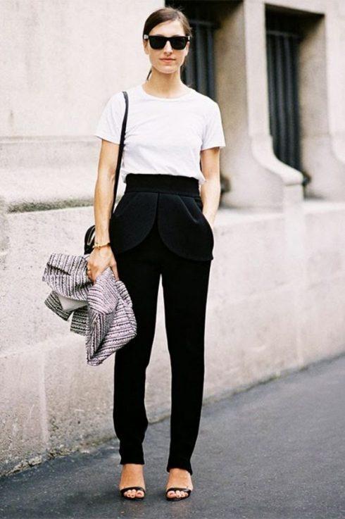 Muôn kiểu mặc đẹp với áo thun trắng 126