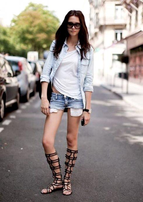Muôn kiểu mặc đẹp với áo thun trắng 1207801