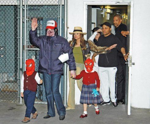 Michael Jackson và các con.