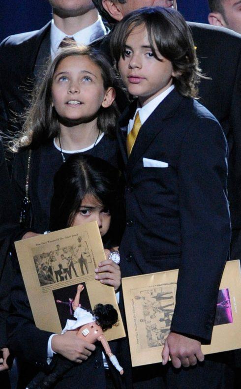 Con của Michael Jackson, Paris Jackson và các anh em.