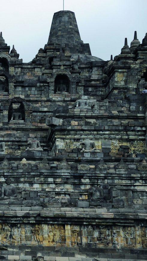 Đền Borobudur Ngọn đồi sen khổng lồ ở Indonesia 3
