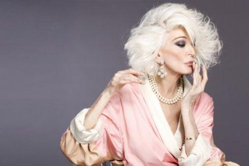 """Carmen Dell'Orefice 2 Những fashionista """"đầu bạc"""" truyền cảm hứng của thế giới"""