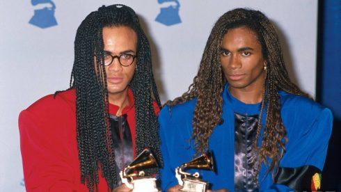 Nhóm nhạc Milli Vanilli thắng giải Grammy