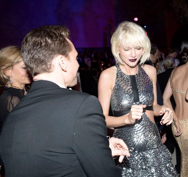 Tom Hiddleston trải lòng chuyện tình cảm dành cho Taylor Swift