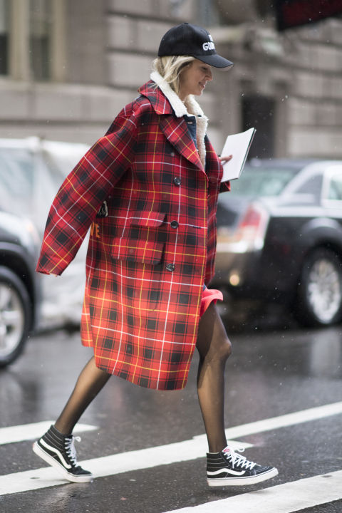 Street style New York Fashion Week 2017 có gì đặc biệt? - ELLE VN