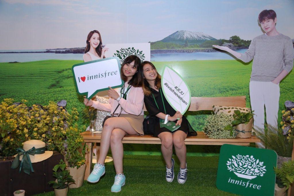 innisfree Yoona - elle vietnam 5
