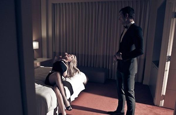 4 điều phụ nữ nên làm khi chồng ngoại tình