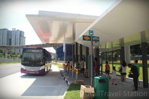 Xe bus tại Singapore