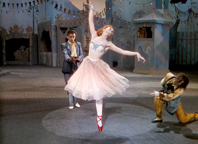 """3 phim điện ảnh hé mở một thế giới ballet """"không hoàn hảo"""""""