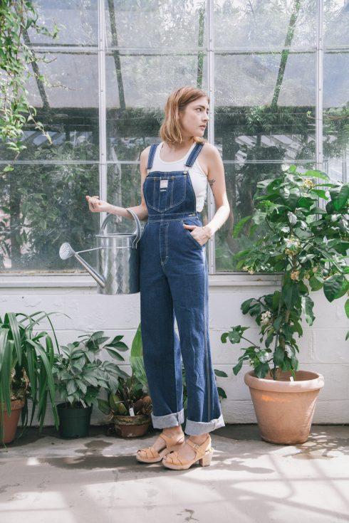 ELLE Style Calendar: Cá tính với quần yếm jeans 3233