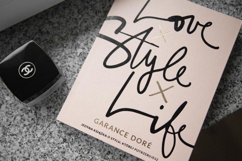 sách thời trang - love life style - elle vietnam