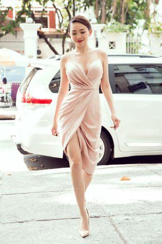 Angela Phương Trinh & Tóc Tiên cùng đi làm đẹp