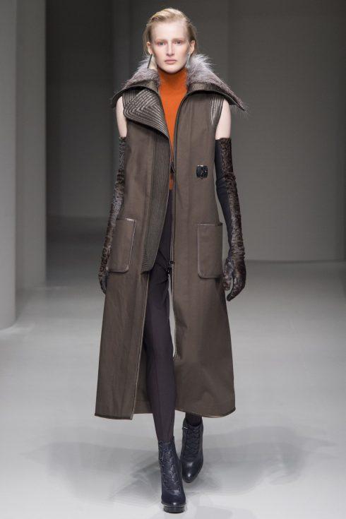 Một thiết kế áo khoác cộc tay cá tính