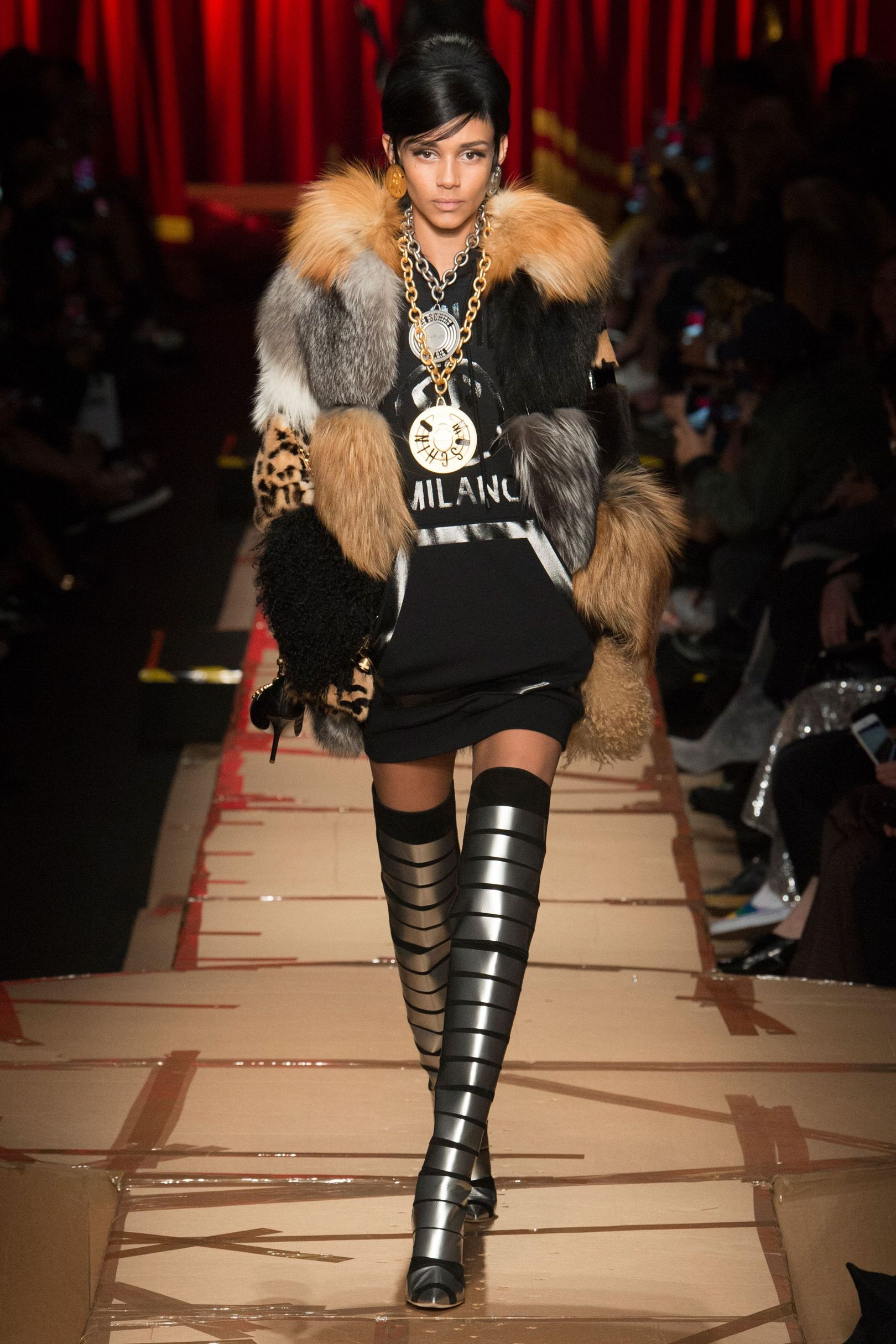 7 xu hướng thời trang Thu-Đông nổi bật tại MFW 2017 - ELLE VN