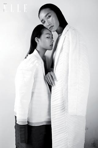 Chị em Trang Khiếu & Linh Khiếu - Chị đỡ em nâng