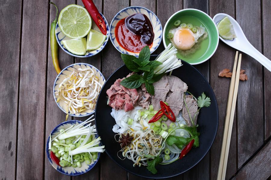 Món ngon ẩm thực Việt Nam - pho - elle vietnam