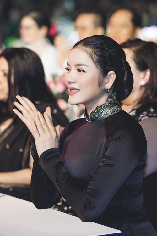 ly nha ky - elle vietnam 4