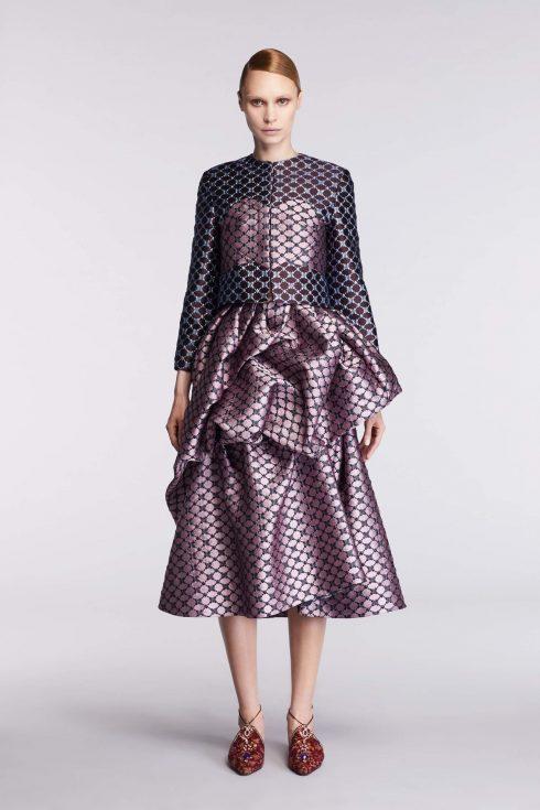 Chiếc váy peplum mở đầu BST của Reem Acra
