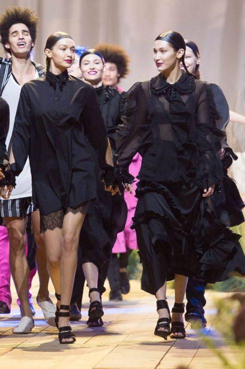Gigi và Bella Hadid chia sẻ cảm xúc khi làm việc cùng nhau