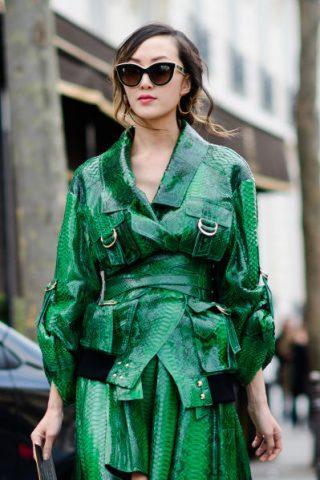 Street style nổi bật tại Tuần lễ thời trang Paris Thu-Đông 2017