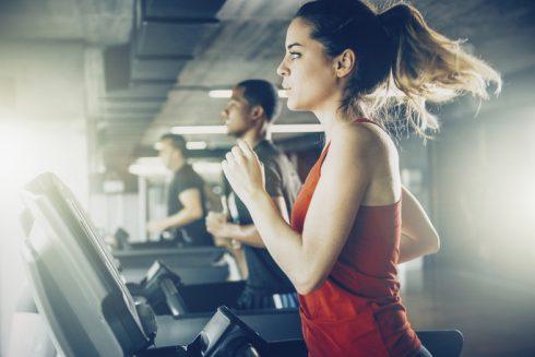 Nguy hại từ thói quen trang điểm khi tập thể dục ELLE VN