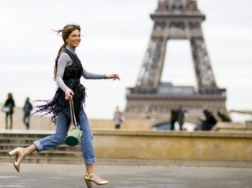 Bạn sẽ tìm thấy gì trong túi xách của một cô gái Pháp?