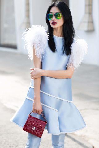 """Người mẫu Thanh Trúc """"tái xuất"""" trên phố vẫn khí chất và sành điệu"""