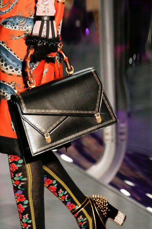 4 xu hướng túi xách hàng hiệu từ Tuần lễ thời trang Thu-Đông 2017/18<br/>4 xu hướng túi xách hàng hiệu từ Tuần lễ thời trang Thu-Đông 2017/18