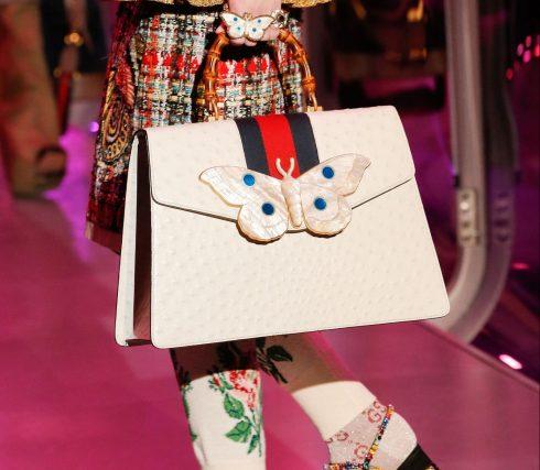 Một chiếc túi oversized trong BST Thu-Đông 2017 của Gucci
