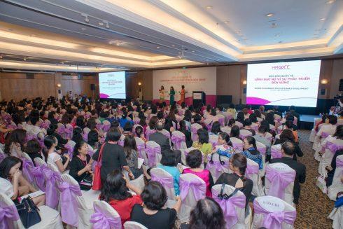 Các diễn đàn mở của HAWEE luôn thu hút cộng đồng doanh nghiệp tham gia, đặc biệt là các nữ doanh nhân