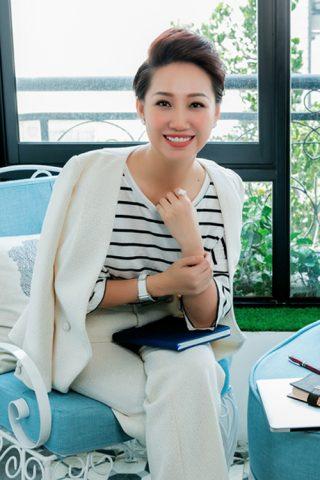 Phụ nữ Việt Nam hãy tập thói quen yêu lấy bản thân