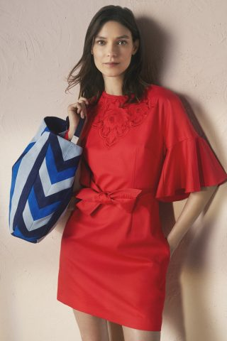 Coast & Karen Millen ra mắt BST thời trang Xuân-Hè 2017
