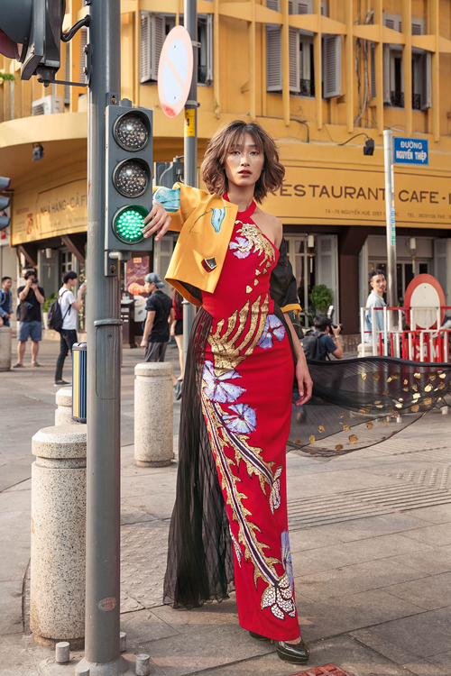 Trang Kieu Tiny Ink - elle vietnam 5