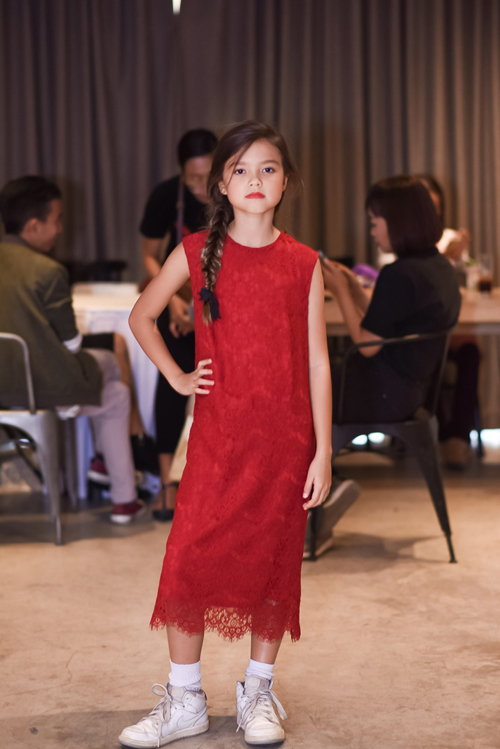 Xuan Lan Vietnam Junior Fashion Week 2017-19