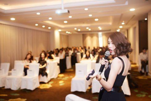 Beauty blogger Fierybread By Thuy Vo tổ chức chuỗi event đầu tiên về làm đẹp ELLE VN